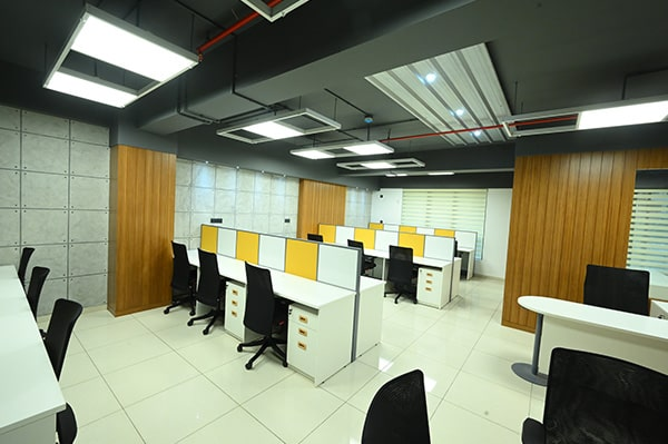 Office Mockup 10