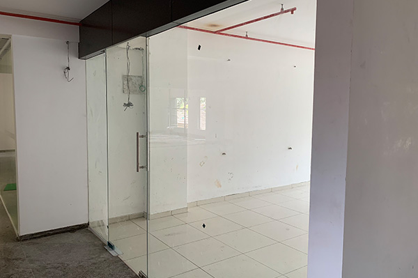 Glass for office premises entrance